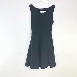 Brandy Melville   A-Line Dress With Open Back Sm